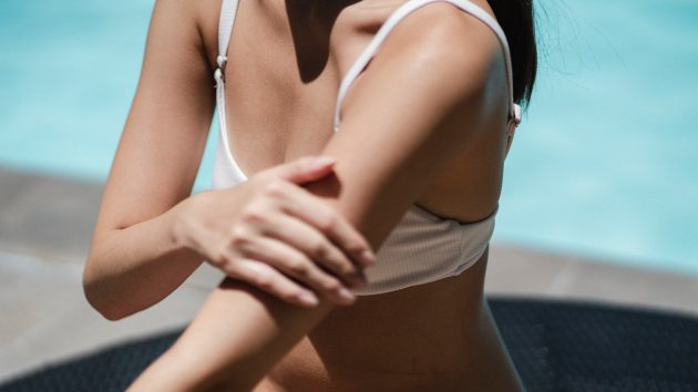 How to Avoid Skin Sagging article image by Mayerling Skincare